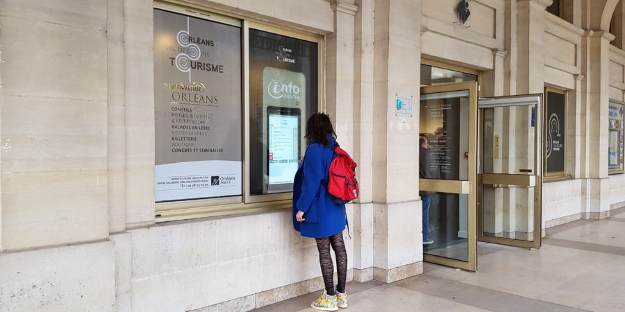 Vitrine tactile Orléans