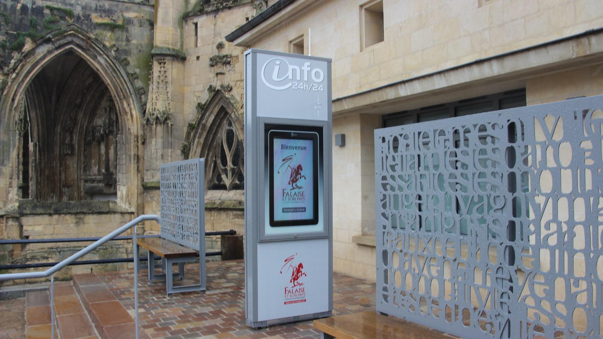 Totem interactif à Falaise