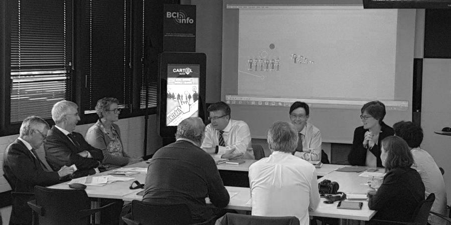 Interview des ambassadeurs devant la borne interactiv- BCI de Rennes