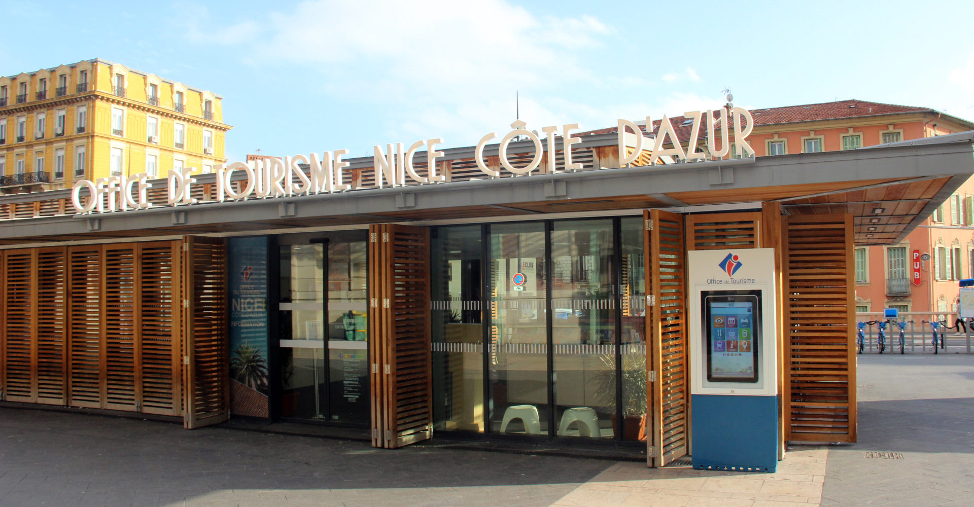Borne- Totem -Office de Tourisme de tourisme
