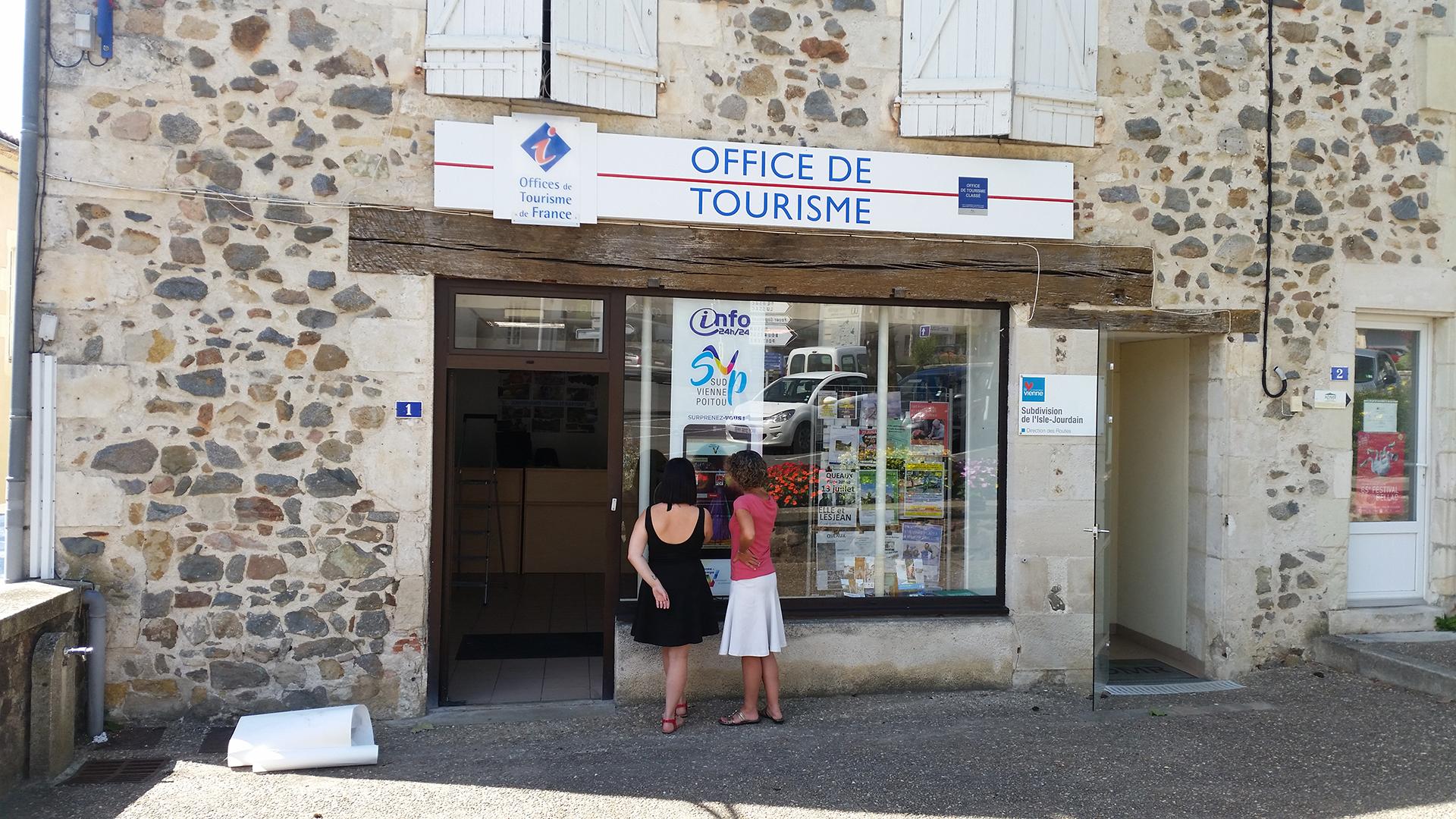 Bornes vitrines dans le département de la Vienne