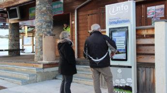 Bornes multimédias : interaction avec des touristes