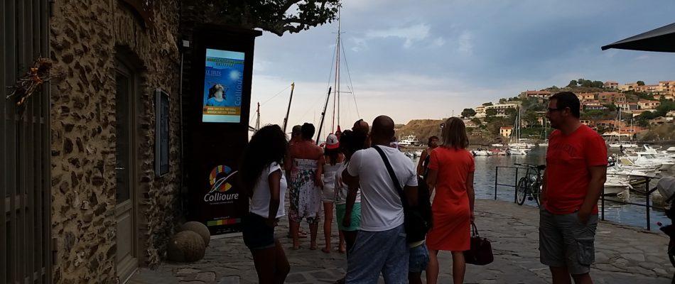 un totem interactif extérieure à Collioure