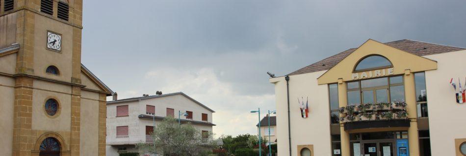 la mairie de Trémery avec une vitrine connectée